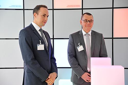 Geschäftsführer von AVL DiTEST Deutschland Ralf Kerssenfischer eröffnet die Veranstaltung.
